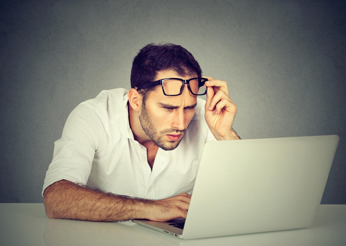 Image result for đeo kính thường xuyên có làm tăng độ không